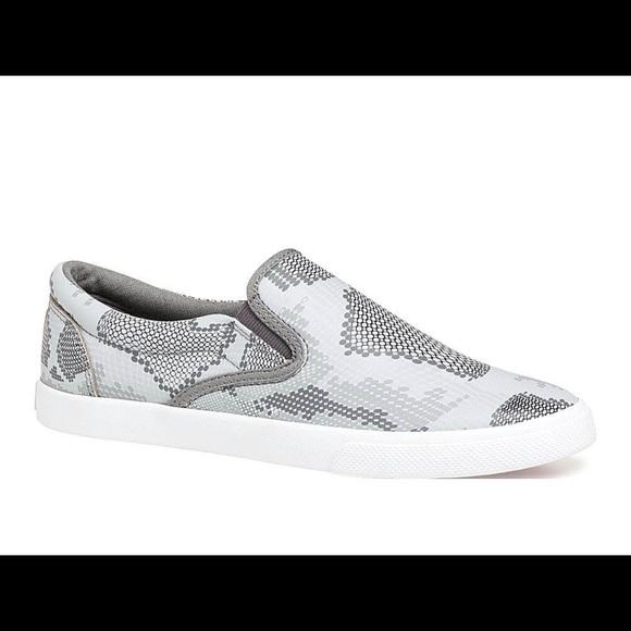 3e41c2a3f942b7 Bucket Feet Shoes - Bucketfeet Slip on Slides